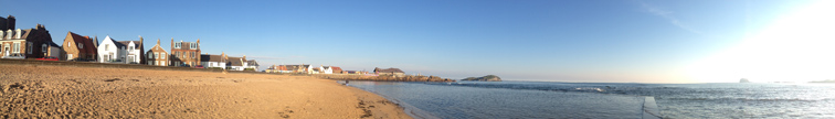 Panorama of North Berwick East Beach by Ian Goodall
